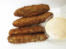 Fried Pickles With Dipping Sauce royalty-vrije stock foto