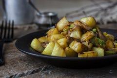 Fried Potatoes con las setas Fotografía de archivo libre de regalías