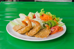 Fried prawn balls and salad Royalty Free Stock Photography
