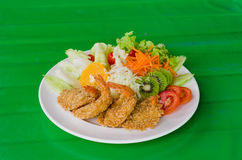 Fried prawn balls and salad Royalty Free Stock Images
