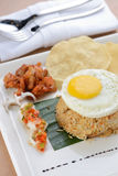 Fried rice with egg, chicken and prawn cracker Royalty Free Stock Images