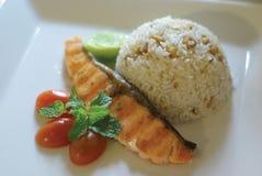 Fried Rice med fisken Arkivbilder