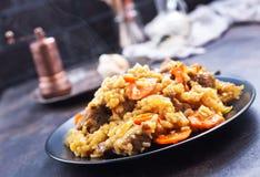 Fried Rice med grönsaker och kött royaltyfri bild