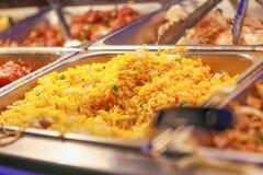 Fried Rice med grönsaker och stekte ägg Royaltyfri Foto