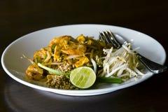 """Fried Rice Sticks met voedsel van de Garnalen†het """"Thaise straat Stock Foto's"""