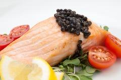 Fried Salmon With Black Caviar Immagini Stock Libere da Diritti