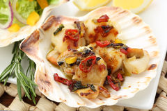 Fried scallops in the shell Royalty Free Stock Photos