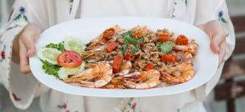Fried Shrimp con la sal Imágenes de archivo libres de regalías