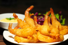 Fried shrimp with sauce Royalty Free Stock Photos