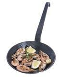 Fried Shrimps em um frigideira Foto de Stock