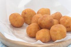 Fried Sweet Potato Balls en la placa Fotos de archivo libres de regalías