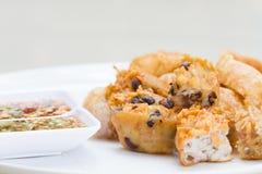 Fried Taro und schwarze Bohnen und Bohnengallerte Lizenzfreies Stockbild