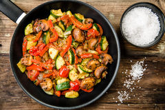 Fried vegetables with fresh vegetables without meat Royalty Free Stock Photos