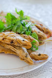 Fried Whisker Sheatfish lizenzfreie stockfotos