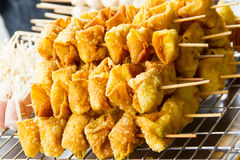 Fried wonton skewered Royalty Free Stock Photos