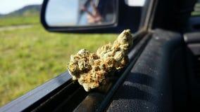 Frieden und Marihuana stockbilder