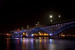 Friedensbrücke Stockfoto