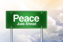 Friedensgrünes Verkehrsschild Lizenzfreies Stockbild