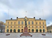 Friedensmonument bei Karlstad, Schweden lizenzfreie stockbilder