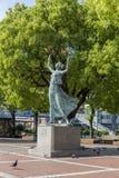 Friedensstatue im Park Lizenzfreie Stockbilder