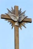 Friedenstaube-Kreuz Stockfotografie