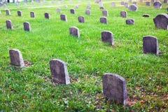Friedhofsgrabsteine Stockfoto