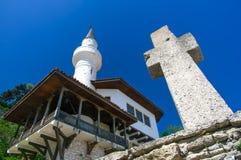 Friedliche Koexistenz von orthodoxen und moslemischen Religionen Lizenzfreie Stockbilder