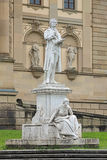 Friedrich Schiller monument i Wiesbaden, Tyskland Arkivfoton