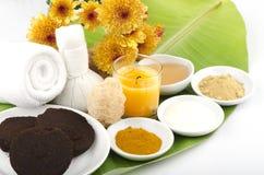 Friegue el café, el yogur, la cúrcuma, la miel y Phlai de la receta imagenes de archivo