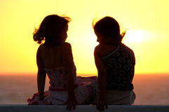 Friends. Sharing the sunset Royalty Free Stock Photography