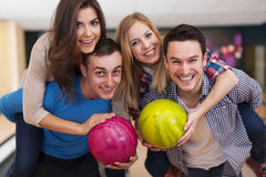 Free Friends At Bowling Alley Stock Photos - 39362003