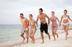 Friends at the beach Royalty Free Stock Photography