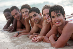 Friends at the beach Royalty Free Stock Images