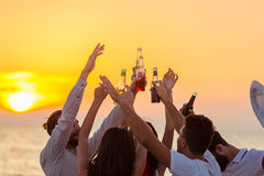 Friends Beach Party Drinks Toast Celebration Concept Royalty Free Stock Photos