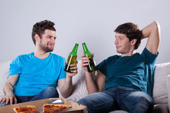 Friends drinking beer Stock Photos