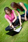 Friends on a laptop Royalty Free Stock Photos