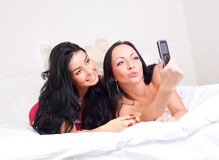 Friends take a picture Royalty Free Stock Photos