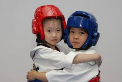 Friendship first, competition later-Taekwondo training hall. In the Taekwondo training hall, the children are participating in various Taekwondo training Stock Photo