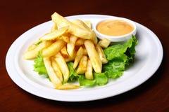 Fries франчуза с соусом Стоковые Изображения