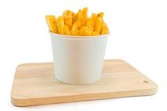 Frieten in witte doos met ketchup Royalty-vrije Stock Fotografie