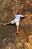Frigör solo att klättra Royaltyfria Bilder
