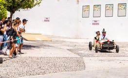 FRIGILIANA, SPAGNA - 13 maggio 2018 ` di Locos delle automobili del ` - divertimento tradizionale che comprende il giro delle aut fotografia stock libera da diritti