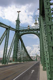 Frihetsbro Budapest arkivfoton