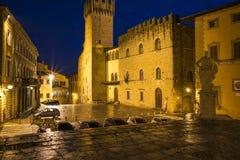 Frihetsfyrkant på natten arezzo tuscan Italien Europa Royaltyfri Bild
