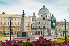 Frihetsfyrkant (Plac Wolnosci) i staden av Lodz, Polen Royaltyfri Fotografi