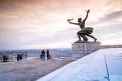 Frihetstaty på den Gellert kullen i Budapest, Ungern Fotografering för Bildbyråer