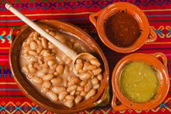Frijoles, sopa do alimento mexicano dos feijões, Cidade do México fotografia de stock