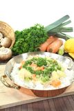 Frikassee da galinha com arroz e ervilhas Fotografia de Stock Royalty Free