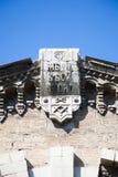 Frimurar- tecken på en byggnad Arkivfoton