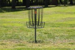 Frisbee Frolf lub golfa kosz Obrazy Stock